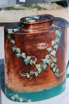 Peintre Decorateur Pour Pot A Lait Dans Le