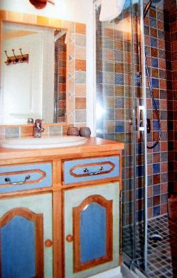 Salle de bain relooking salle de bain cr ation salle de for Implanter une salle de bain